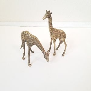 VINTAGE Set of 2 Small Brass Giraffes